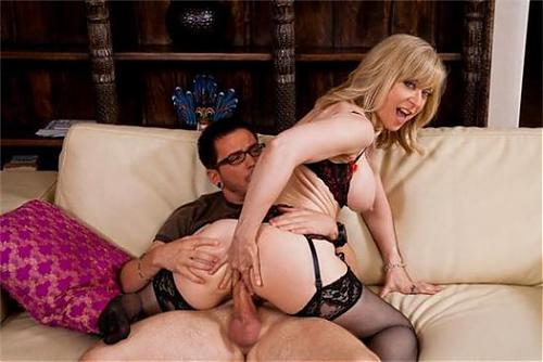 MyFriendsHotMom - Nina Hartley