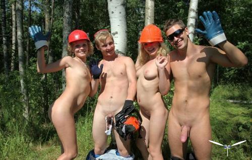 Студенты на лесозаготовках